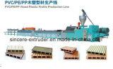 Linha de produção plástica do perfil do terraço da plataforma do PE WPC dos PP