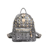 Modedesigner Women Rivet Bag Leather Backpacks für Ladys