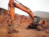 Escavatore utilizzato il Giappone originale Hitachi 450-6 (2009)