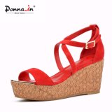 (Donna-in) Form-deckte spinnendes Frauen-Kind-Veloursleder hohe Plattform-Sandelholze ab