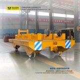 Stahlplattform-LKW, der auf Schienen für Ringe läuft