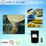 Muffa liquida che prepara silicone per i pezzi fusi dell'unità di elaborazione