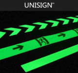 Vinilos adhesivos fotoluminiscentes transparentes