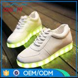 Chaussures chaudes de danse d'usager de nuit de vente avec la semelle d'éclairage LED