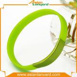 Wristband por atacado do silicone com logotipo