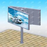 Route annonçant l'étalage en acier de panneau-réclame de la publicité extérieure