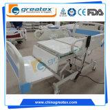 El motor eléctrico de la base del oficio de enfermera para el paciente sienta la base