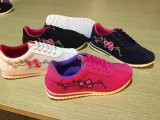 Flat Lace Up Comfort Women Sapatos de desporto com tecido de flores