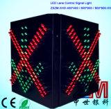 Indicatore luminoso del segnale di controllo del vicolo di traffico della stazione del tributo con la croce rossa & la freccia verde