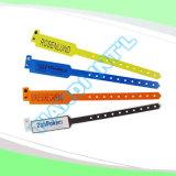 Wristbands plásticos disponibles por encargo vendedores calientes de la hospitalidad profesional (E8020-11)