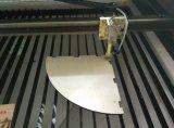 Couro de Dwy, acrílico, máquina de corte de pano