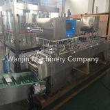 Remplissage de cuvette de l'eau minérale de cuvette d'acier inoxydable et machine de cachetage