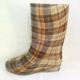 Nuevo modificar los zapatos de goma de los cargadores para requisitos particulares de lluvia de las mujeres de la tela escocesa del diseño del OEM