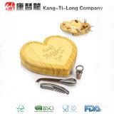 Placa de bambu do queijo da faca da forma do coração