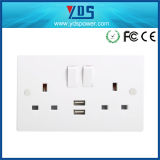 het UK Type Double USB Wall Socket 5V 2.1A