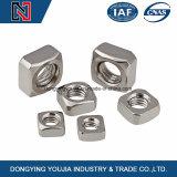 De Vierkante Noten van het Roestvrij staal DIN557 DIN562 met Geplateerd Zink
