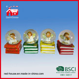 Nuovo Design Resin Snow Globe con Beautiful Angel Inside Bible Base Water Globe per Home Decoration