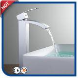 Chrom-Messingwasserfall-Bassin-Hahn für Badezimmer