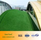 Relvado sintético da alta qualidade para o telhado