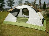 Doppelte Schicht-im Freien kampierendes Zelt