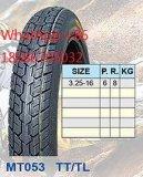 Motorrad-Reifen 110/90-16 heiß