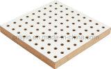 Panneau de mur décoratif acoustique perforé en bois
