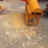 Máquina trilladoa disponible del maíz del vídeo