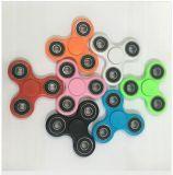Neuestes LED-Unruhe-Spinner EDC-Unruhe-Würfel-Spielzeug-gute Wahl für Dekompression-Angst-Finger-Spielwaren für Farben der Tötung-Zeit-8