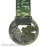 Sublimated RibbonのカスタマイズされたZinc Alloy Half Marathon 5k 10k Race Soft Enamel Medal
