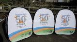Подгоняно напечатано рекламирующ печатание полного цвета знамен ткани Stands120X70cm изготовленный на заказ напольное хлопните вверх знамя рамки горизонтальное