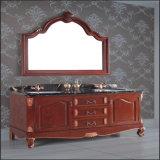 旧式な木製の床の二重洗面器との永続的なカスタム浴室の虚栄心