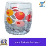 ステッカーの花が付いている水コップのガラス製品のゆとりのガラスコップ