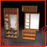 靴の店のための木の棚の表示