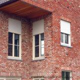 Aluminiumfenster mit Rollen-Blendenverschlüssen