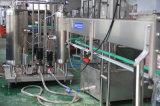 Máquina de rellenar inmóvil y chispeante automática de la bebida para la cadena de producción