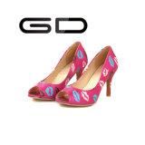 Zapatos de punta medios superiores del pío del talón de la impresión del labio