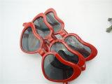 Óculos de sol vermelhos do partido e da novidade do coração (GGM-222)