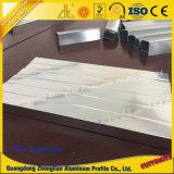 Het aangepaste Frame van het Aluminium voor het Sanitaire Oppoetsen van de Spiegel van de Profielen van het Aluminium van Waren