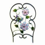 Artificial de tela flor adornó arte del metal de la cerca