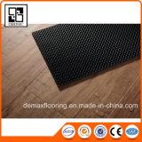 Plancher desserré amical et accessible aux pieds nus confortable de vinyle de configuration