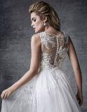 Embelli avec le lacet perlé exquis Appliques la robe de mariage de conte de fées