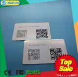 De veranderlijke Streepjescode van de douane of QR de code Afgedrukte Kaart NFC van pvc ntag213