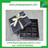 リボンのタイが付いている贅沢な排気切替器デザイン菓子のギフトの好意ボックス