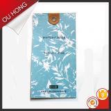 Modifica su ordinazione dell'oscillazione di marchio di stampa del Hangtag del Libro Bianco del Matt di alta qualità