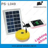 Luz solar versátil con el cargador del teléfono