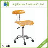 一般使用の熱い販売のプラスチックバースツールの椅子(Alexia)