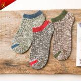 Form fertigen Hanf-Baumwollmann-Knöchel-Socken kundenspezifisch an
