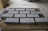 Granito grigio scuro Cubestone naturale, pietra del lastricatore del granito G654 della Cina