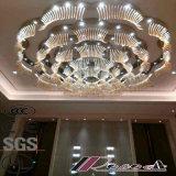 Morden y lámpara pendiente cristalina de lujo de la talla del hotel redondo grande de la flor