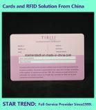 Cartões na tira da assinatura e na listra transparente da assinatura